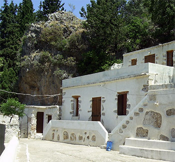 azogires-holy-fathers-monastery-museum